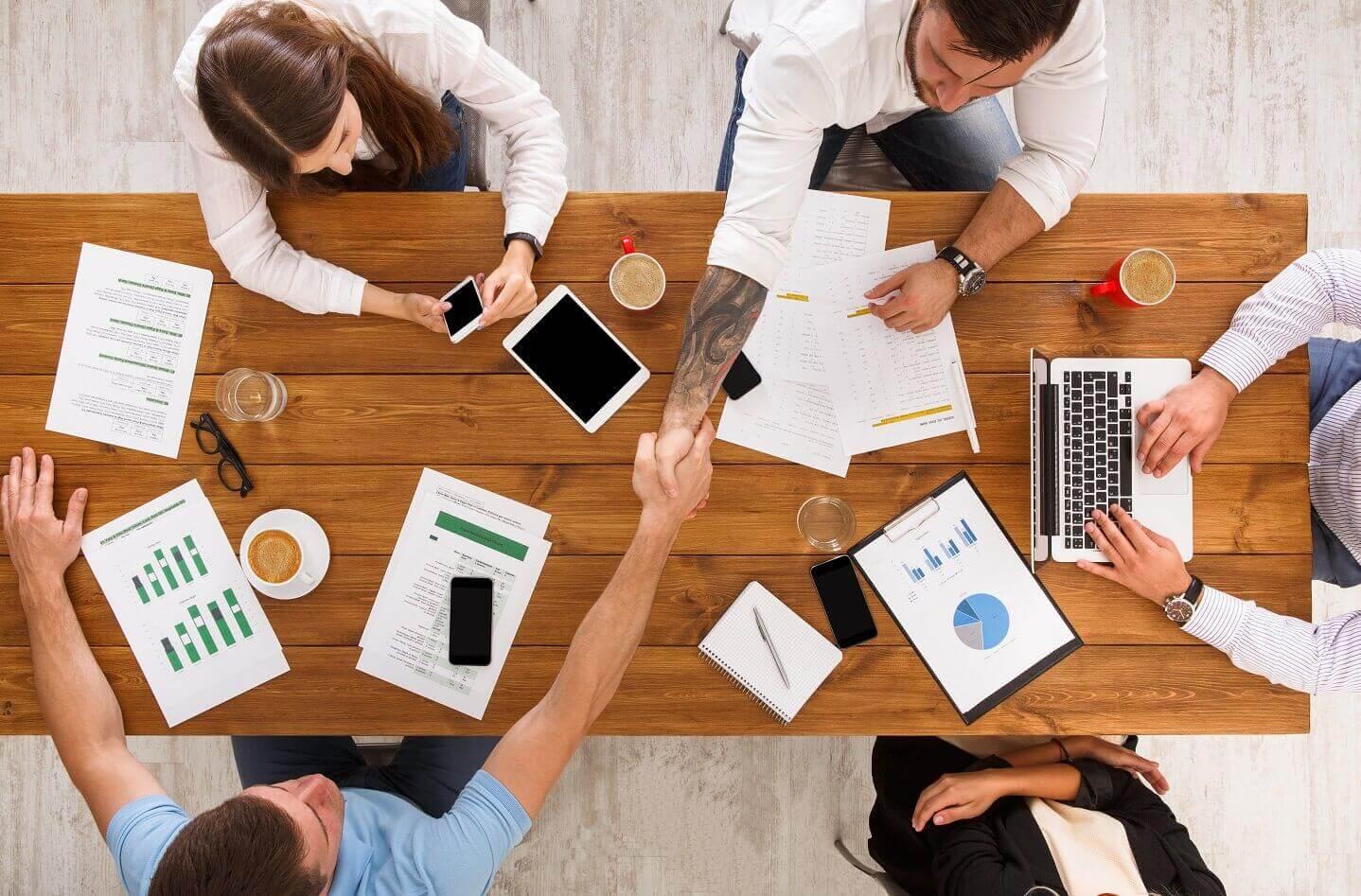 Internal and external factors affecting business environment